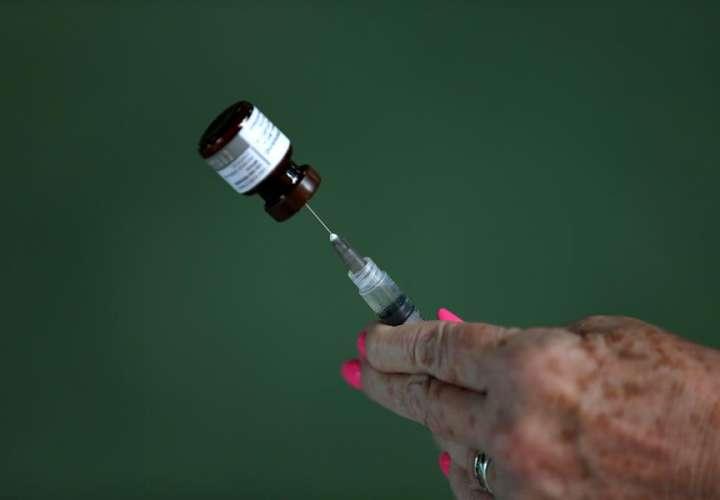 Científicos experimentan en humanos una vacuna más eficaz contra la neumonía