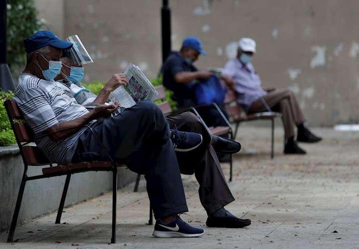 Panamá con 6 muertos y 706 contagiados