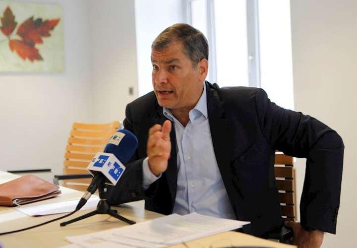 Condenan a 8 años de prisión a expresidente de Ecuador