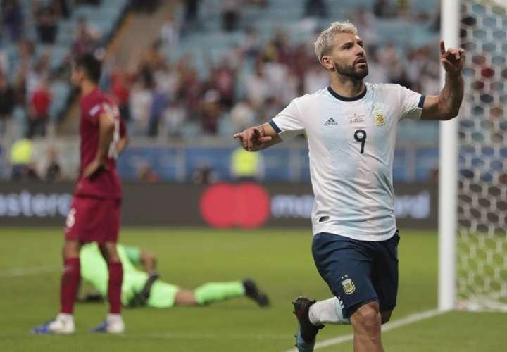 Argentina vence a Catar y avanza a cuartos de final de la Copa América