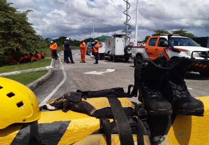 Hombre muere tras ser arrastrado por cabeza de agua en río Juan Díaz