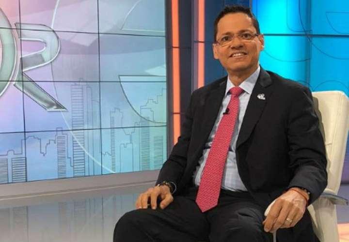 Álvaro Alvarado confirma su salida del noticiero