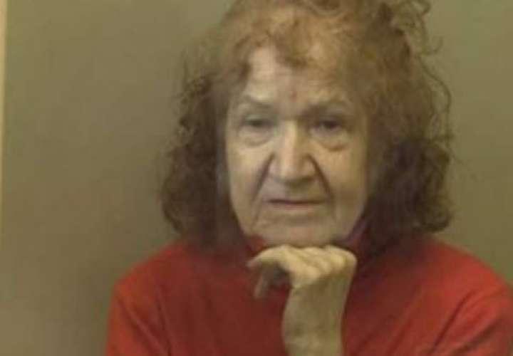 Anciana asesina a niña y usó su carne para hacer dulces