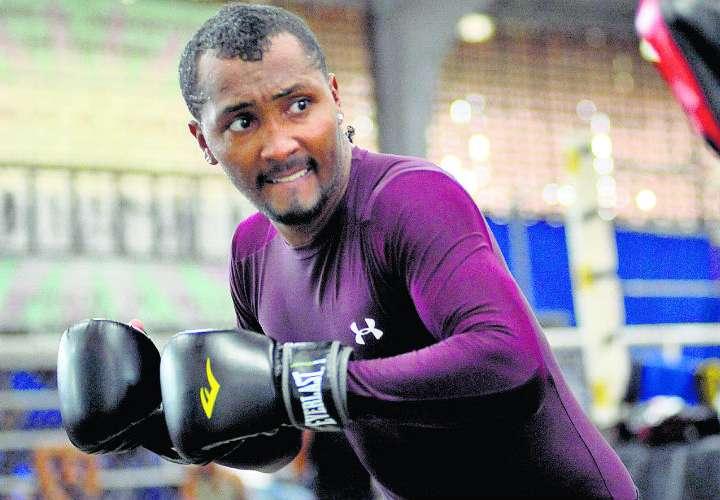 """Anselmo """"Chemito"""" Moreno combatirá en las 126 libras. Foto: Anayansi Gamez"""