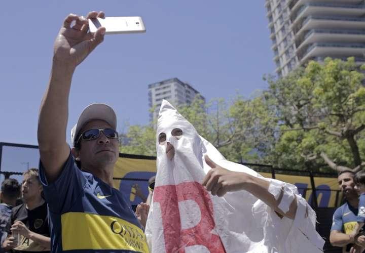 ¡Vergüenza! Boca y River jugarían final de la Copa Libertadores en España