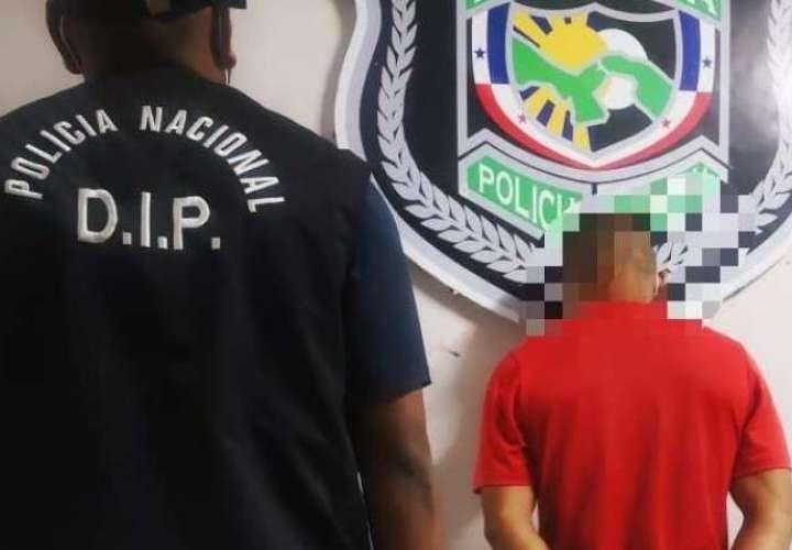 Imputan cargo de homicidio a sospechoso por crimen en Villa Grecia