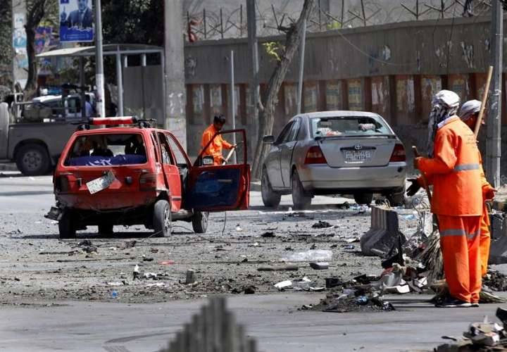 Talibanes lanzan nueva ofensiva contra una ciudad afgana en una semana (Video)
