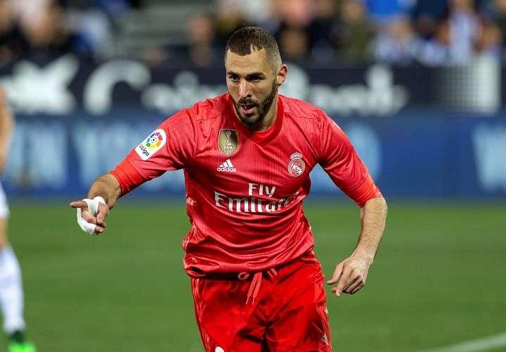 El delentero francés del Real Madrid Karim Benzema, celebra el gol que marcó durante el partido de LaLiga que el Leganés y el Real Madrid. Foto: EFE