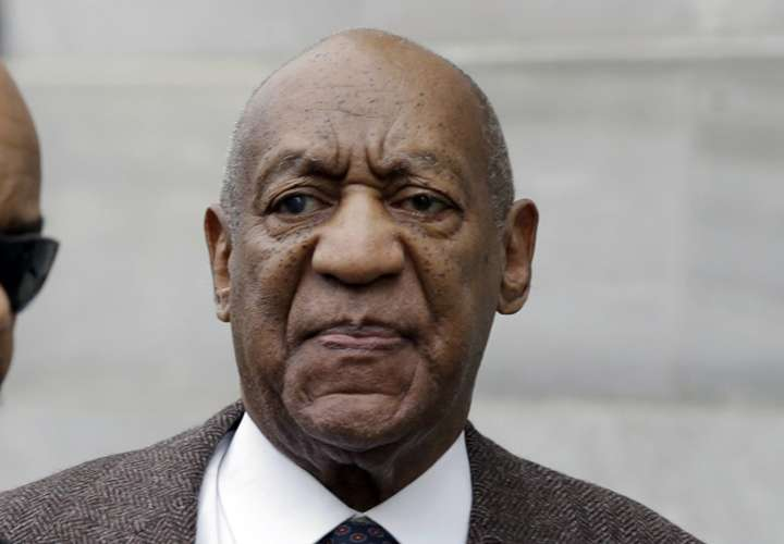 Estrella de Bill Cosby es vandalizada