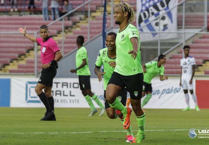 Boris Alfaro actualmente juega en el Costa del Este. Foto: Tomada de Twitter