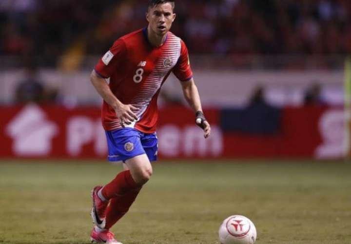 El jugador Bryan Oviedo.