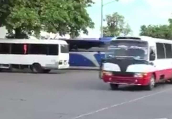 Capturan a menor involucrado en asalto a bus en Chiriquí