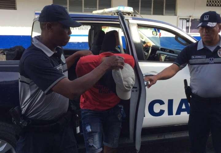 Caen dos presuntos homicidas en Colón