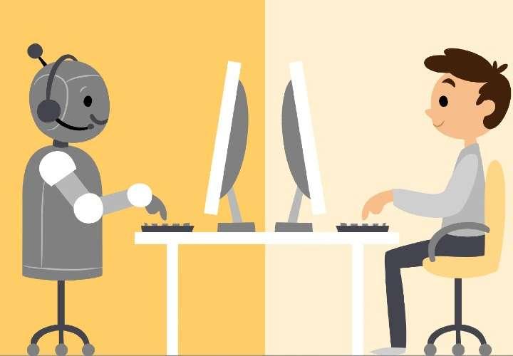 En atención al cliente, ¿asistente virtual o humano?