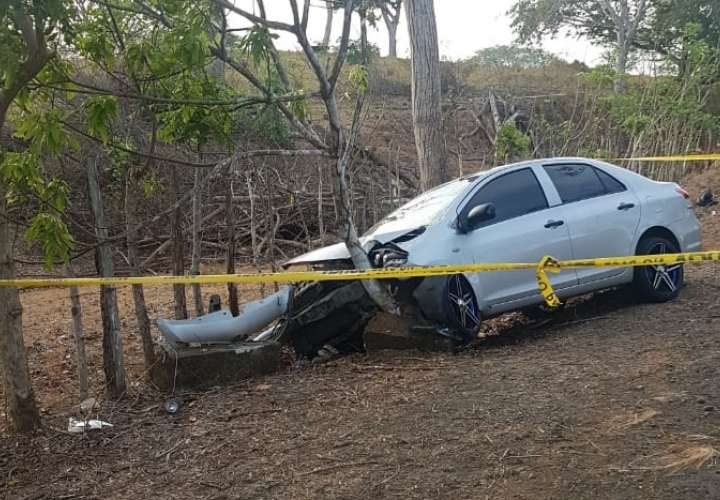 Auto colisionado. Foto/ Tahys Domínguez