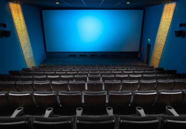 Reabren los cines y con película de estreno