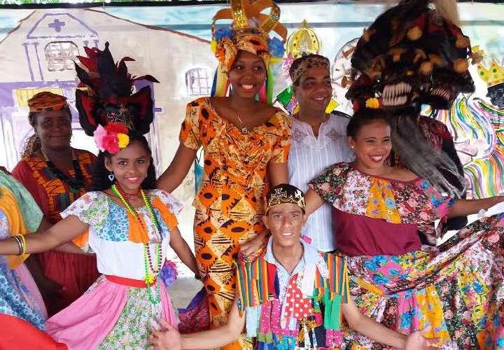 Celebración del día de la Etnia Negra con desfile virtual