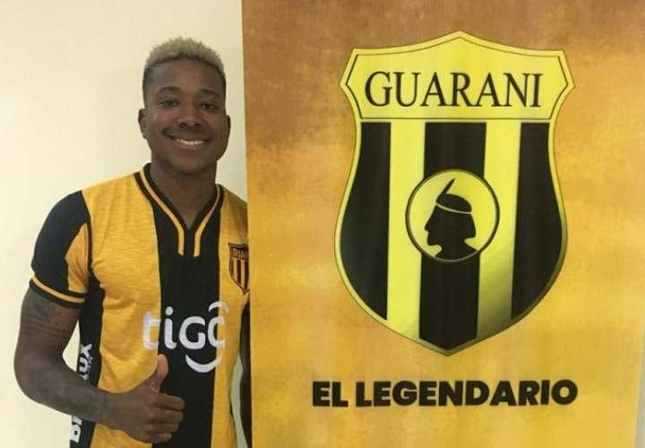 El panameño de 26 años va directo a Tobati para sumarse a la pretemporada. Foto:  @ClubGuarani
