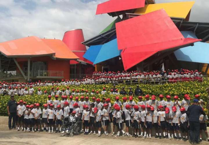 El Club de Leones de Panamá recibe 634 niños en sus campamentos de verano