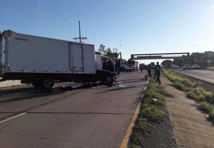 Colisión entre camioncito y sedán deja varios heridos en Río Grande