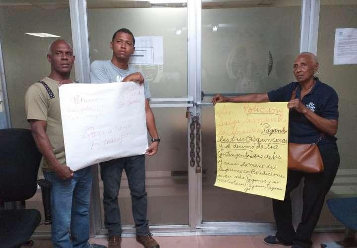 Personal de juntas comunales de Colón reclaman pago salarial y décimo