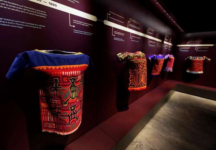 La colorida mola, ícono de la cultura Guna, estrena su museo en Panamá