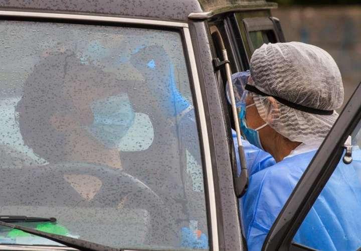 Pandemia por Covid-19 ya suma más de 966.000 muertes a nivel mundial