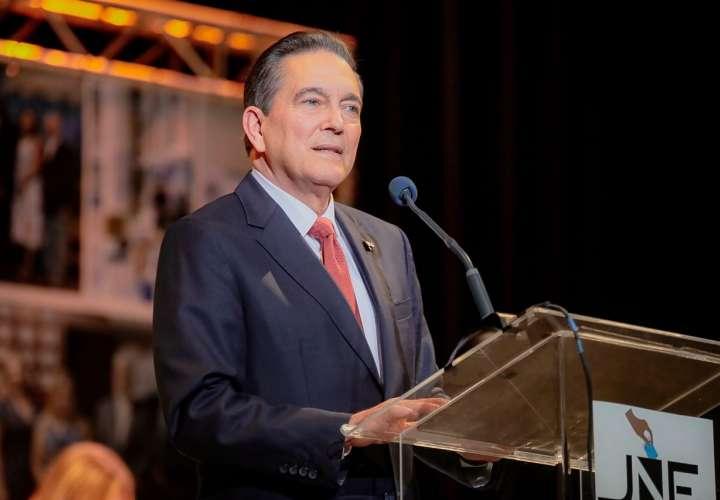 Presidente de Cortizo irá a Nueva York para tratar lista gris con bancos