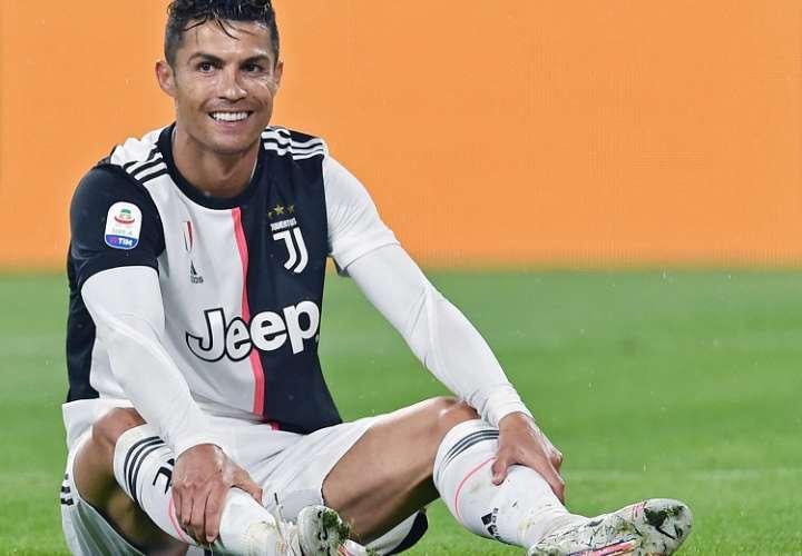 La mujer tiene una demanda pendiente contra Ronaldo en un tribunal de Las Vegas.  Foto: EFE