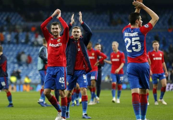 Jugadores CSKA celebran el triunfo a domicilio en Madrid./ Foto AP