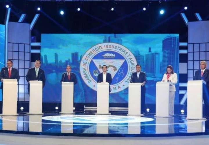 El debate presidencial se responde en redes sociales