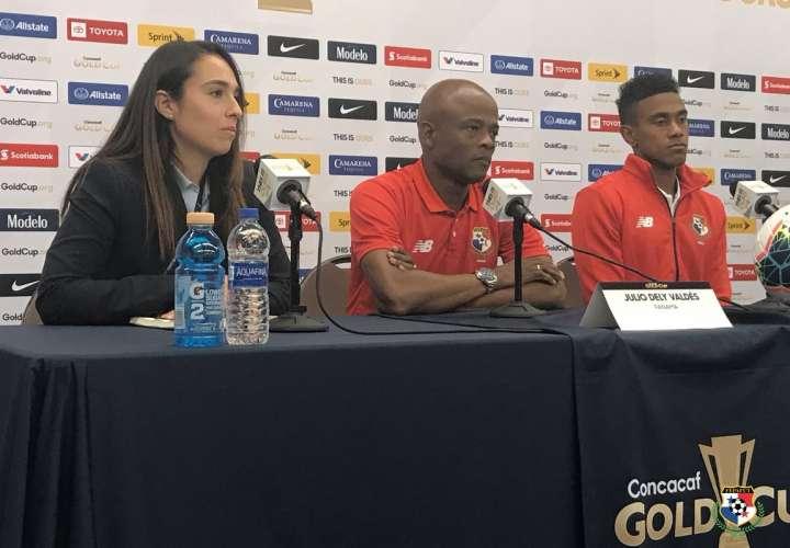 """Julio Dely: """"Ante Guyana debemos mantener la paciencia"""""""