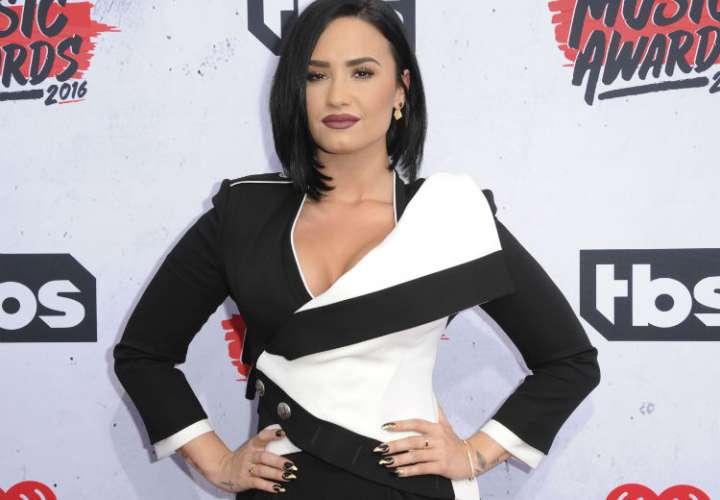 Demi Lovato borra su cuenta de Twitter