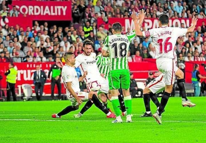 Sevilla- Betis reanudarán Liga Española el 11 de junio