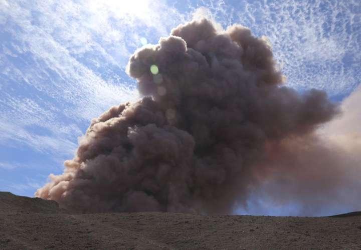 Hawai: Erupción de Kilauea produce lava, gases y sismos
