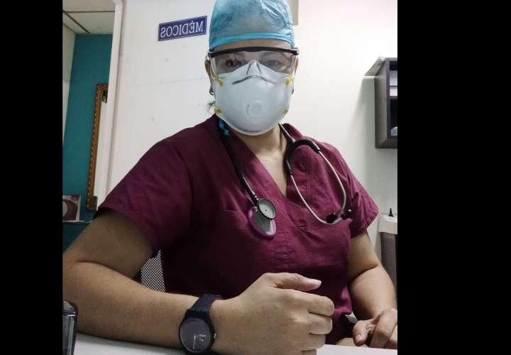 Aclaración de doctora que atendió sin complicaciones a 158 coronavirosos