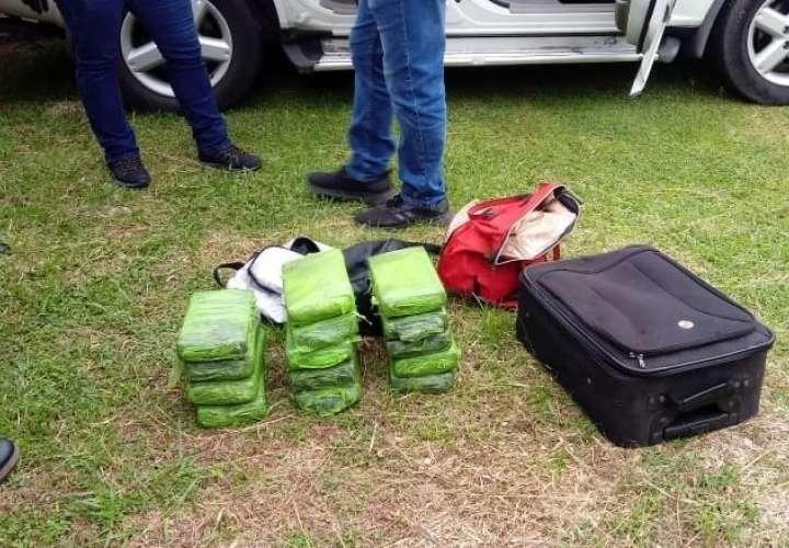La Policía Nacional dio a conocer que por este decomiso de la droga mantienen a dos personas bajo investigación.