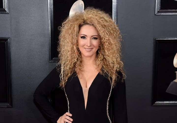 Gloria Trevi lanza nuevo sencillo escrito por la cantante Erika Ender