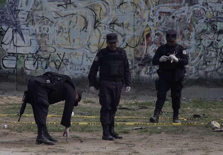 Detienen a policía y otras dos personas por amenazar a diputado salvadoreño