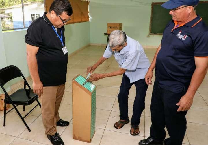Elecciones de desempate en El Calabacito, Utria y Kankintú