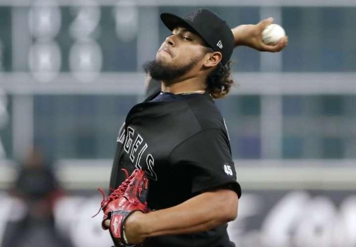 Angelinos destacan las buenas salidas de Jaime Barría ante Astros en Houston