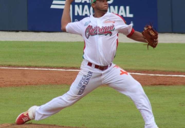 Ernesto Silva ganó el partido de Chiriquí. Foto: Fedebeis