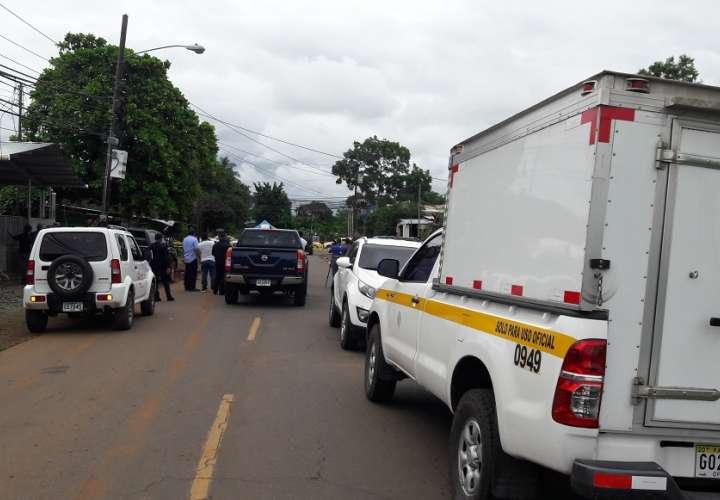 Desalmados asesinan a una mujer y casi matan a su hija de 3 años en Chiriquí