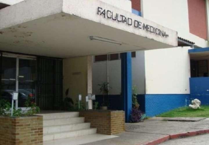 Decano: Facultad de Medicina no participa en proceso de admisión de estudiantes