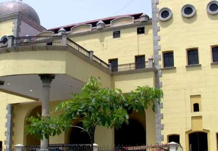 Centro de convenciones Figali recibe a 20 pacientes con Covid-19