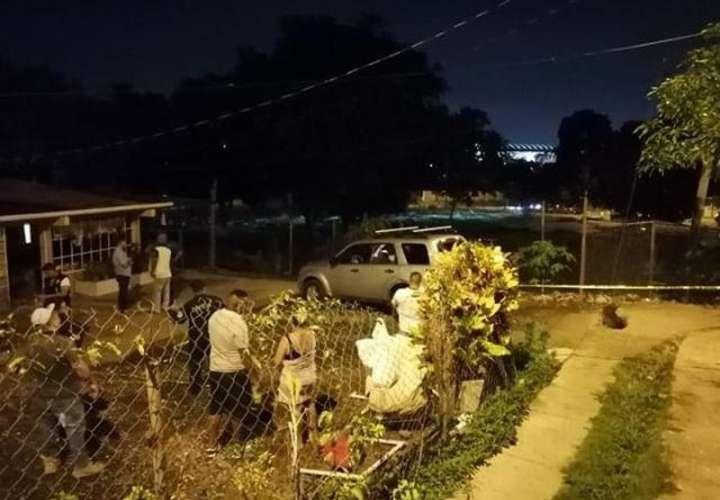 Lugar del atentado homicida en Las Mañanitas. Foto: @TraficoCPanama
