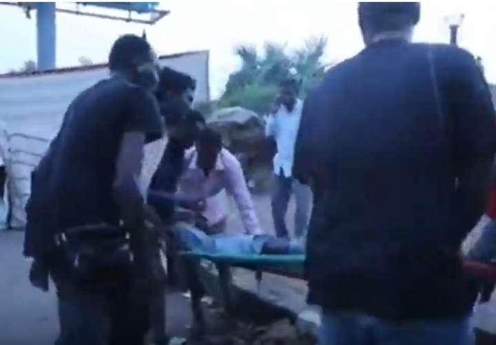 Médicos elevan a 35 el número de muertos por represión de protesta en Sudán