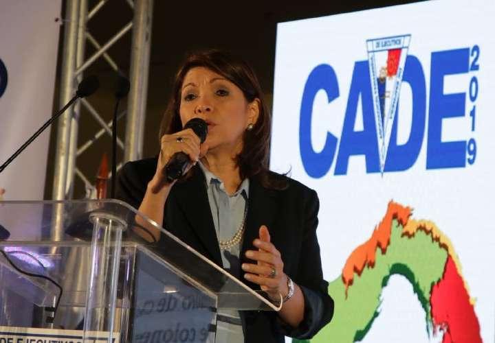 Candidatos amplían propuestas en la CADE