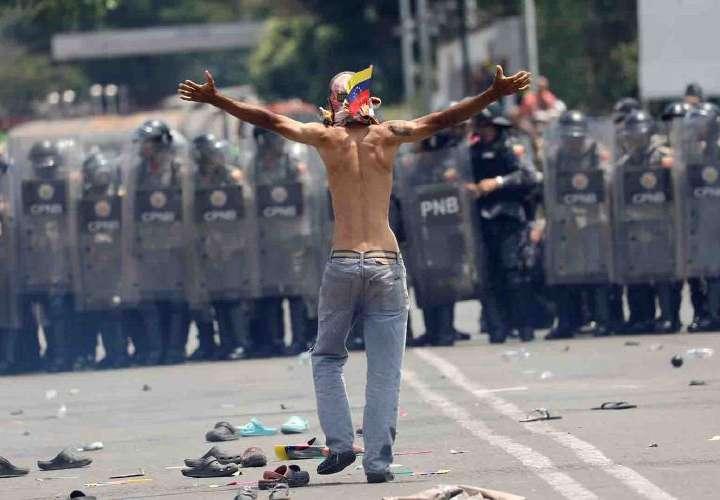 Análisis sobre solución militar en Venezuela