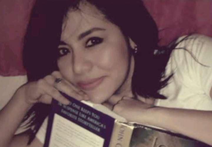 Abogada presa escribe libros y canciones